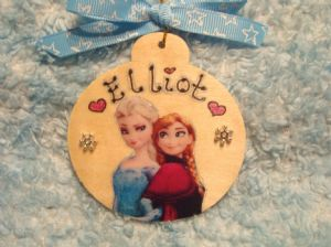 Frozen Anna & Elsa Personalised Wooden Christmas Tree Hanger Bauble Decoration Snowflake embellished
